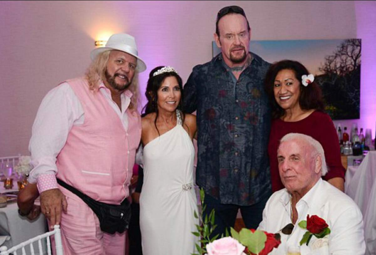 The Undertaker, Dennis Rodman, Dolph Ziggler, Fit Finlay, Michelle McCool, Conrad Thompson