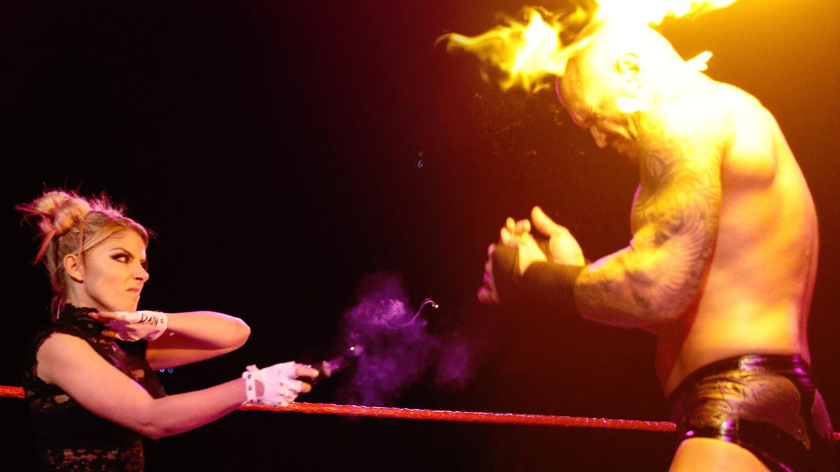 Alexa Bliss delivers fireball finale to Randy Orton