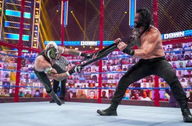 Hell-In-a-Cell-Roman-Reigns-vs-Rey-Mysterio